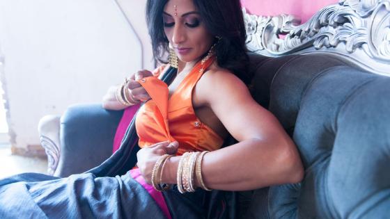 Janam Halter Nursing Sari Blouse Review By Shweta Sharma
